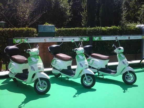 """Gli scooter del progetto """"Luiss Green Mobility"""", gestiti dalla 2Hire, sono realizzati dalla romana Energeko"""