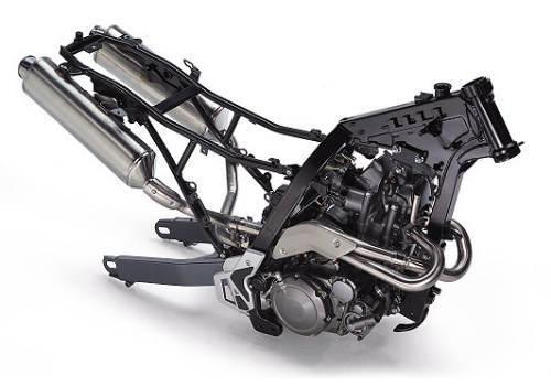 Motore e telaio Aprilia Pegaso 650 Strada