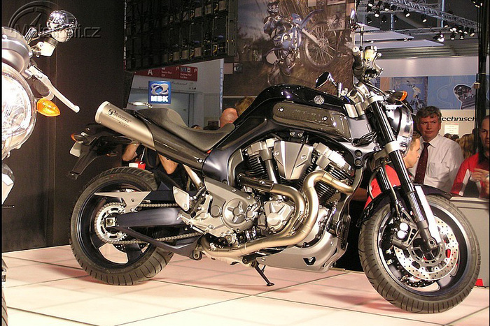 Yamaha MT-01  1670