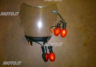 RICAMBI HONDA VTR 1000 F VTR 1000 F - Annuncio 6145025