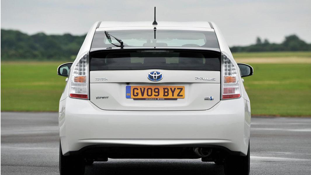 Toyota Prius 1.8 (4)