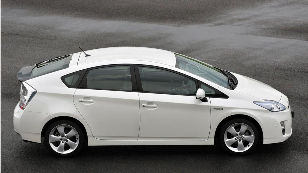 Toyota Prius 1.8 (3)