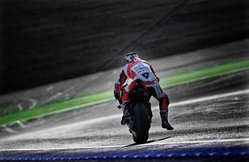 MotoGP. Le foto più spettacolari del GP del Giappone (4)