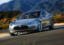 Tesla Model S: presentata a 2.000 clienti