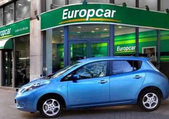 Hertz Sceglie La Nissan Leaf Per Un Car Sharing A Oxford Eco