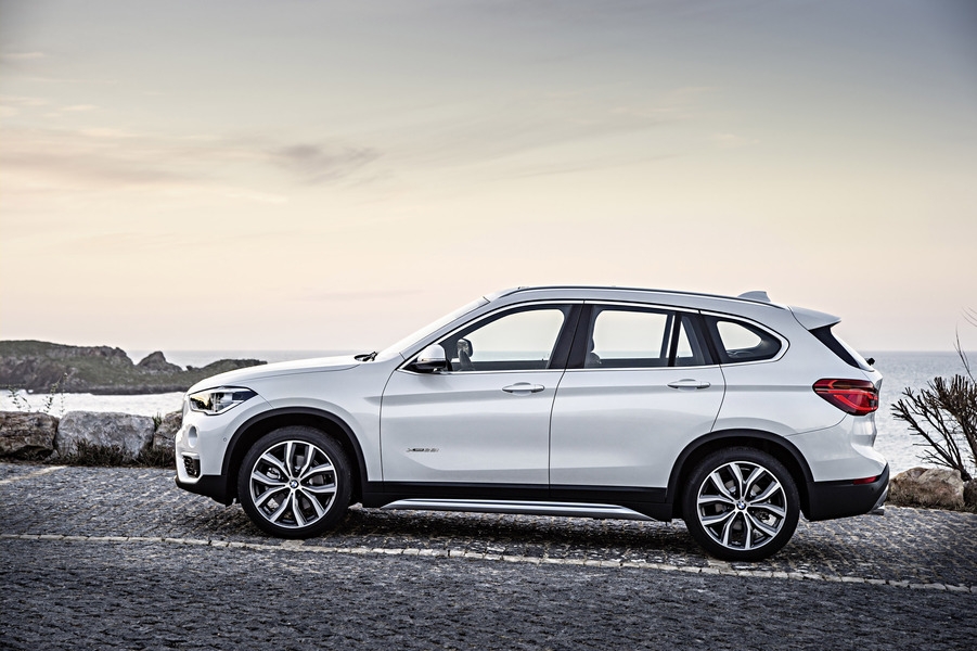 BMW X1 sDrive16d Business (2)