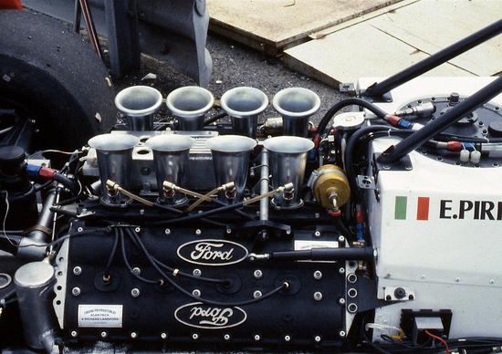 Tecnica e storia: un V8 nella leggenda
