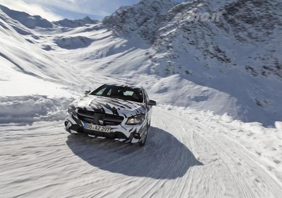 Mercedes-Benz CLA: ecco la nuova trazione integrale 4Matic