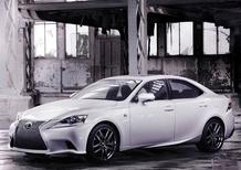 Nuova Lexus IS: le prime immagini ufficiali