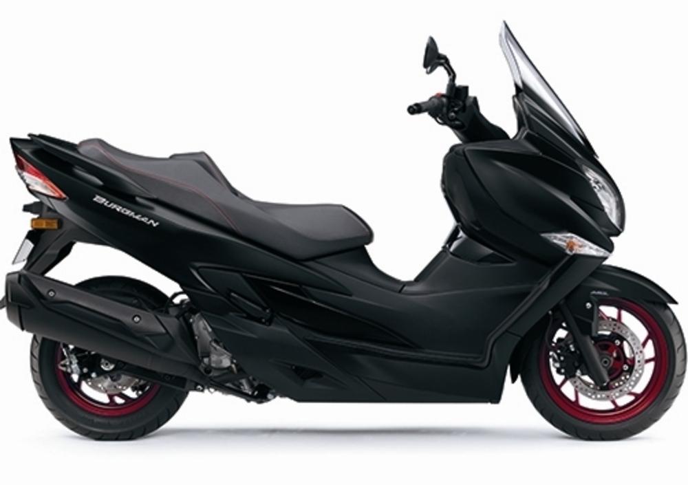 Suzuki Burgman 400 (2017 - 19) (3)
