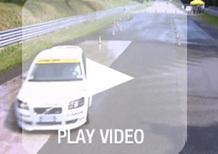 Corsi di guida sicura: frenata sul bagnato evitando il testacoda