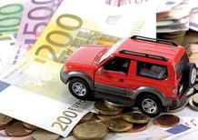 Assicurazioni: in 6 mesi prezzi in calo del 4,5%