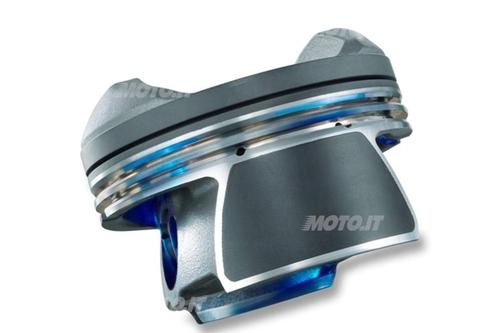 I riporti sul mantello dei pistoni riducono il coefficiente d'attrito e offrono una valida protezione durante il rodaggio