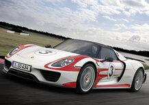 Porsche 918 Spyder: voi di che colore la scegliereste?