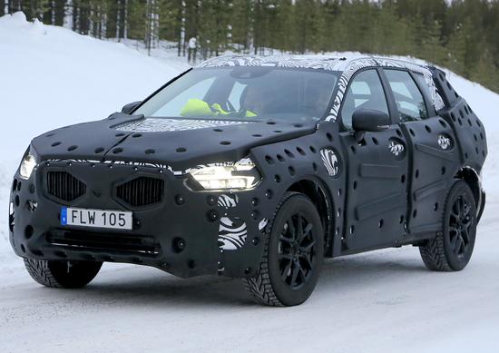 Nuova Volvo XC60: nuove foto spia dei muletti in test