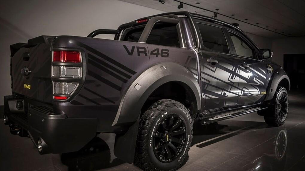 Ford omaggia Valentino Rossi: ecco Transit e Ranger VR|46 Edition (3)