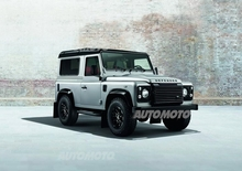 Land Rover Defender: a Ginevra in versione Black e Silver Pack