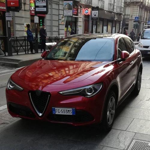 Alfa Romeo Stelvio, Avvistato Su Strada Il Benzina Da 280