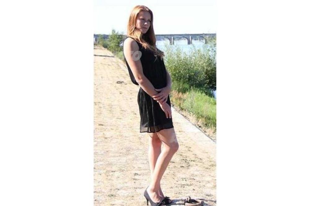 1 - Stéphanie Manceau; 23 anni; 1m76