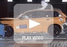 Nuova Volvo XC90: crash test durissimi per il nuovo SUV svedese [video]