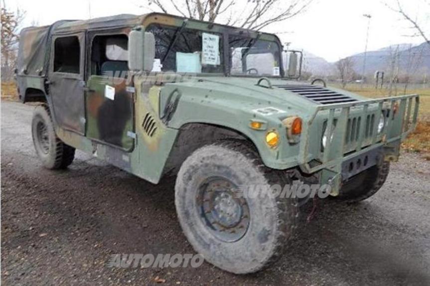 L Esercito Americano Svende Gli Hummer Da Combattimento