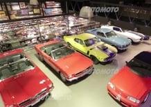 Una collezione di Mustang, in scala, lunga 25 metri
