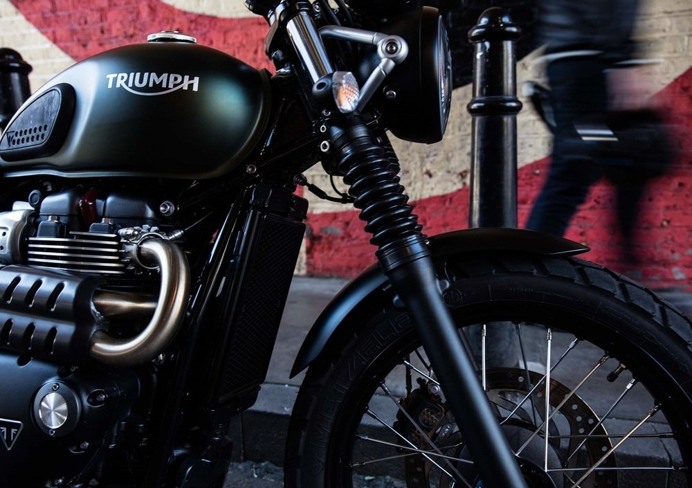 Triumph Street Scrambler 900 (2017 - 18) (2)