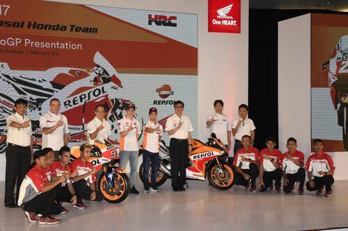 MotoGP. Presentato in Indonesia il team HRC 2017 (6)
