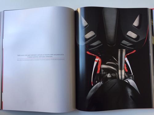 """Libri per motociclisti: """"Stile Ducati. Una storia per immagini"""" (7)"""