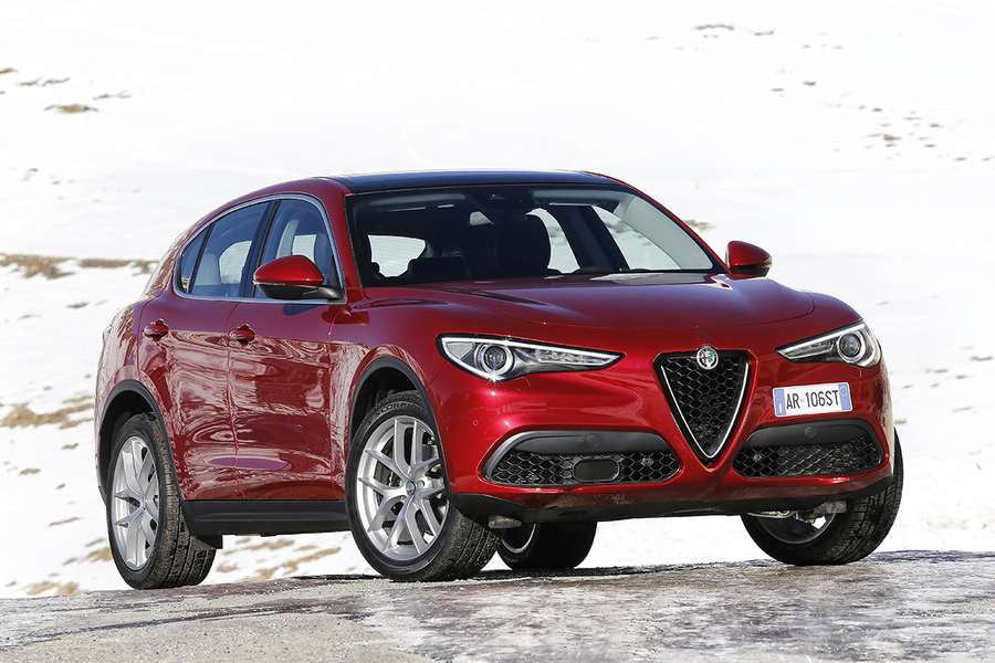 alfa romeo stelvio stelvio 2 2 turbodiesel 210 cv at8 q4 super 02 2017 prezzo e scheda. Black Bedroom Furniture Sets. Home Design Ideas
