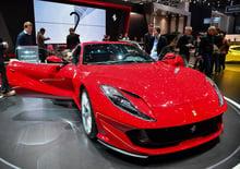 Ferrari 812 Superfast, la videorecensione al Salone di Ginevra 2017 [Video]