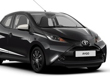 Toyota Aygo X-Black Limited Edition, look total black per la city car