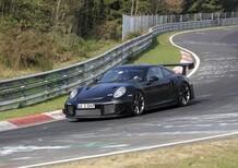 Porsche new 911 GT2: spy shots