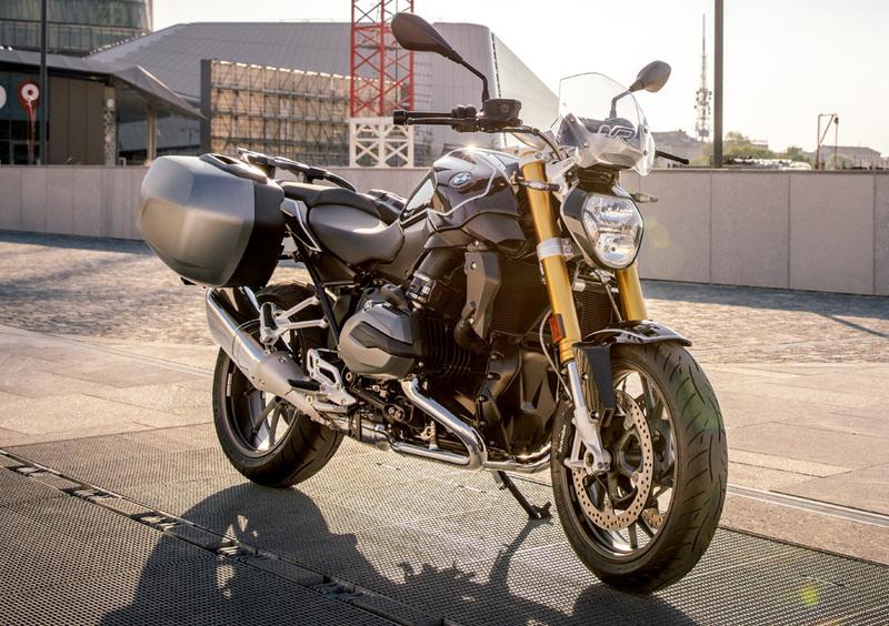 Bmw R 1200 R Black Edition 2017 18 Prezzo E Scheda Tecnica Moto It